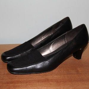 Naturalizer Janet Black Leather Heels 8 Narrow